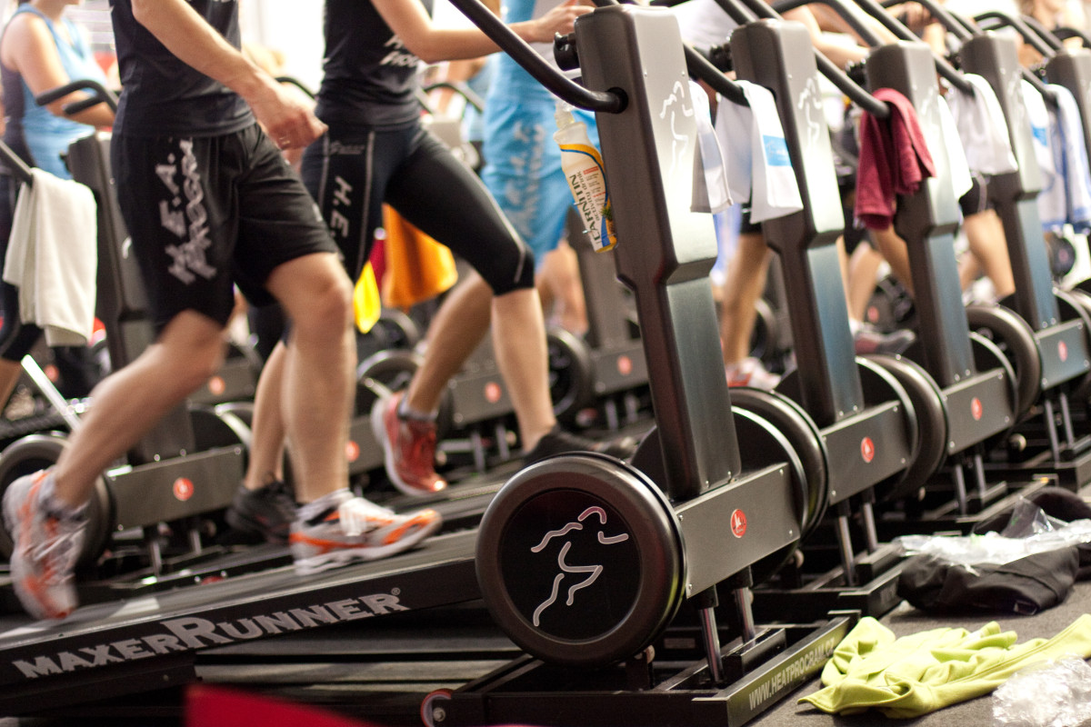 fitness-expo09-4066-1200x800